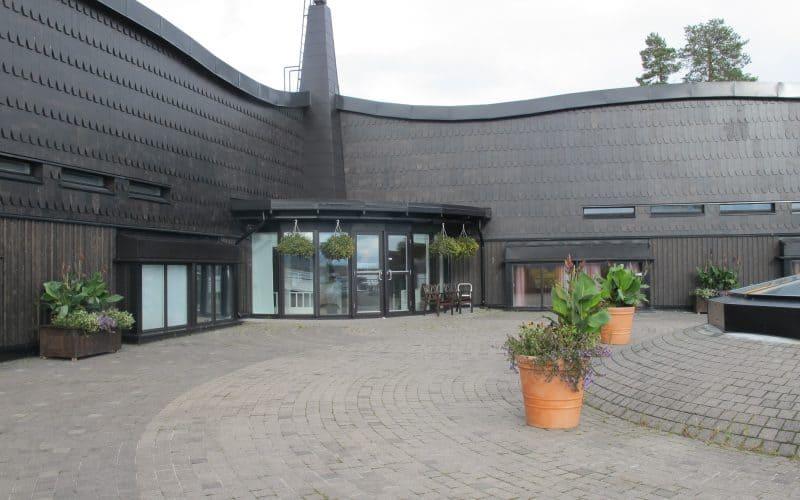 PAANU-ulkoverhoilu Sokos Hotel Bomballa