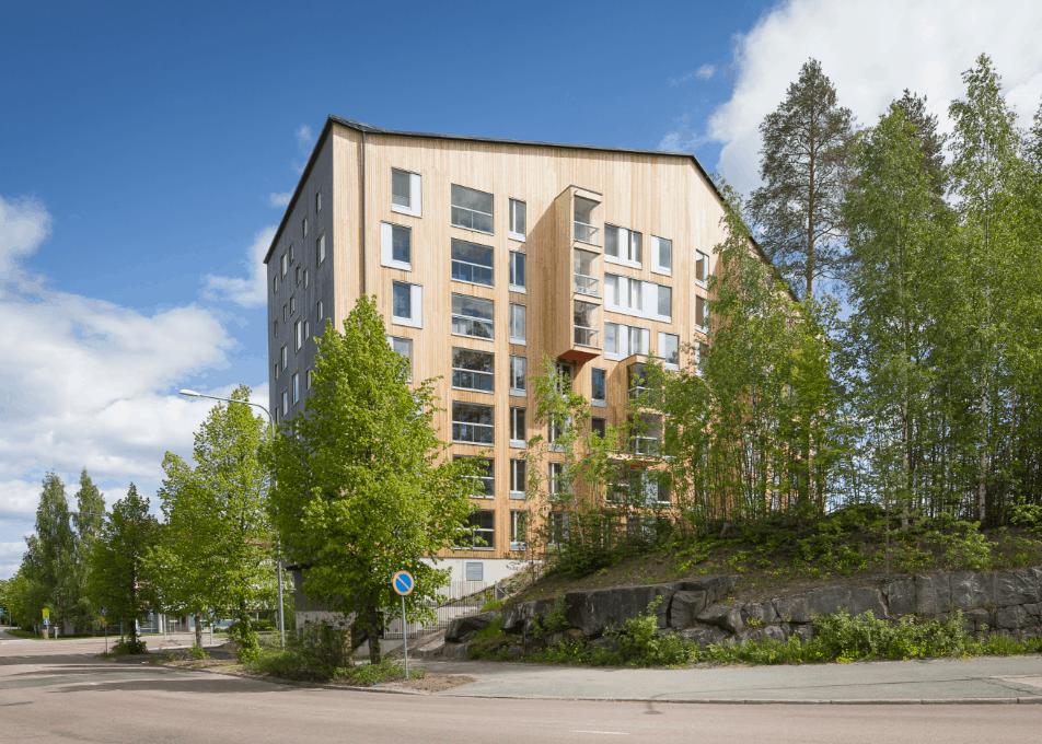Topcoat wood siding, Puukuokka