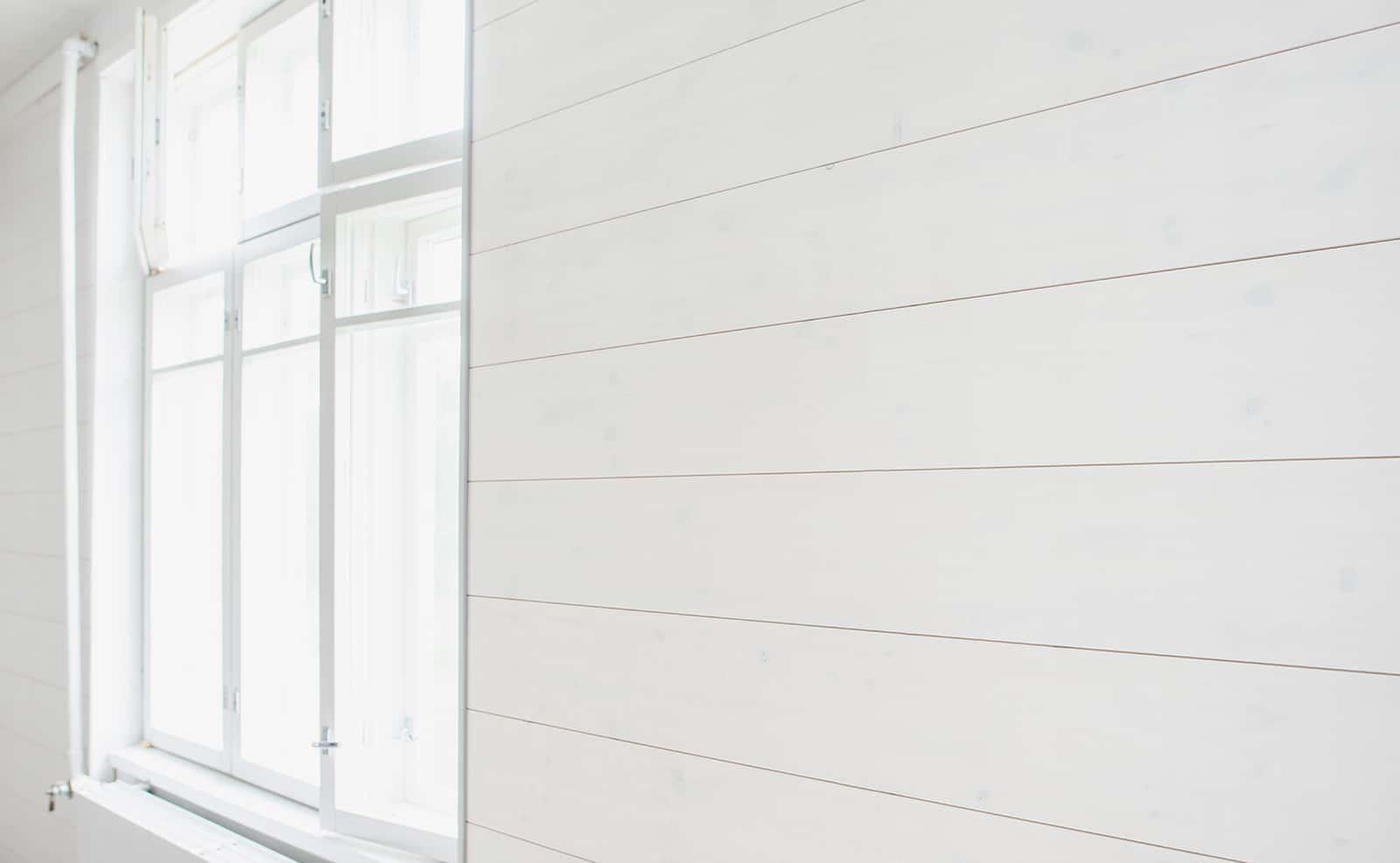 Siparila AITO-sisustuspaneeli 12x280, valkoinen, Hirvivuori