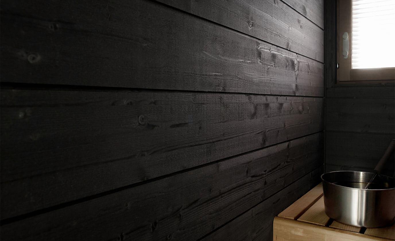 Saunassa käytetty STRUKTUURI-paneeli, helmiäisenharmaa